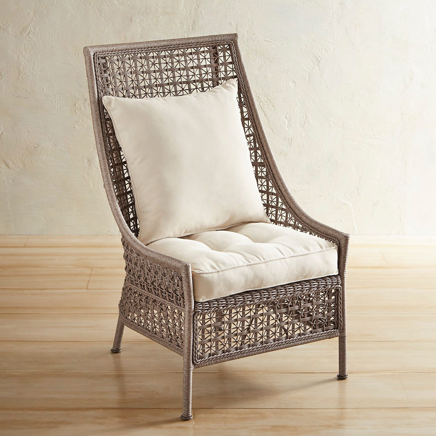 Deluxe Back Outdoor patio chair